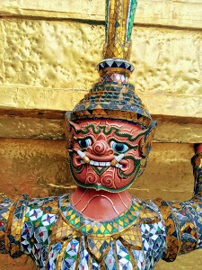 Yaksha supporting the Golden Chedi