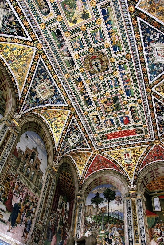 The Piccolomini Library Ceiling